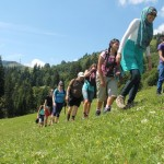 Wanderung_Gruppe_in_Bewegung