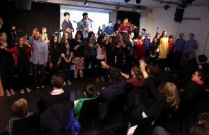 Abschlusskonzert von Popakademie-Workshop im Gasometer mit 40 Jugendlichen