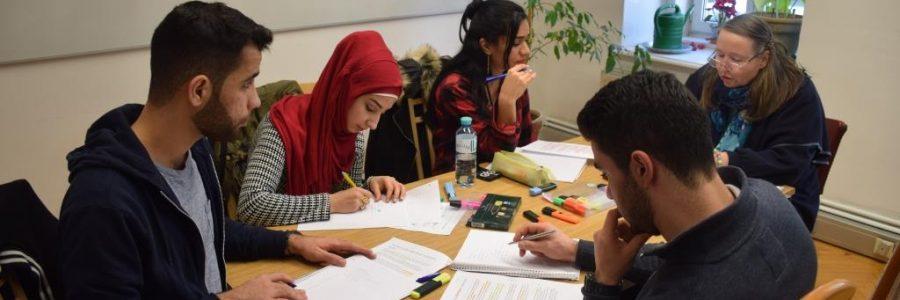 Textsorten Workshop Für Start Nö Zusammenfassung Erörterung